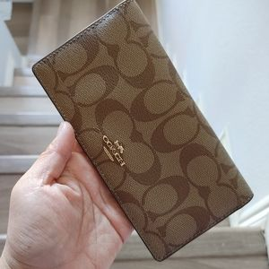 Coach Bifold Wallet in Signature Canvas